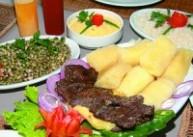 carne de sol, feijão verde e macaxeira